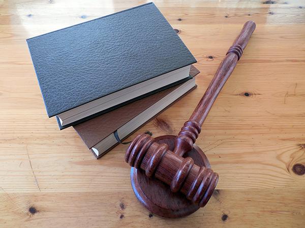advocatenkantoor ontslagvergoeding arbeidsrecht loonvorderingen contract hamer